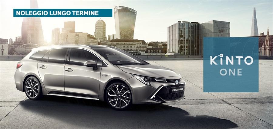 Noleggio lungo termine TOYOTA Corolla (2018--->) Corolla Touring Sports 1.8 Hybrid Business Kinto One