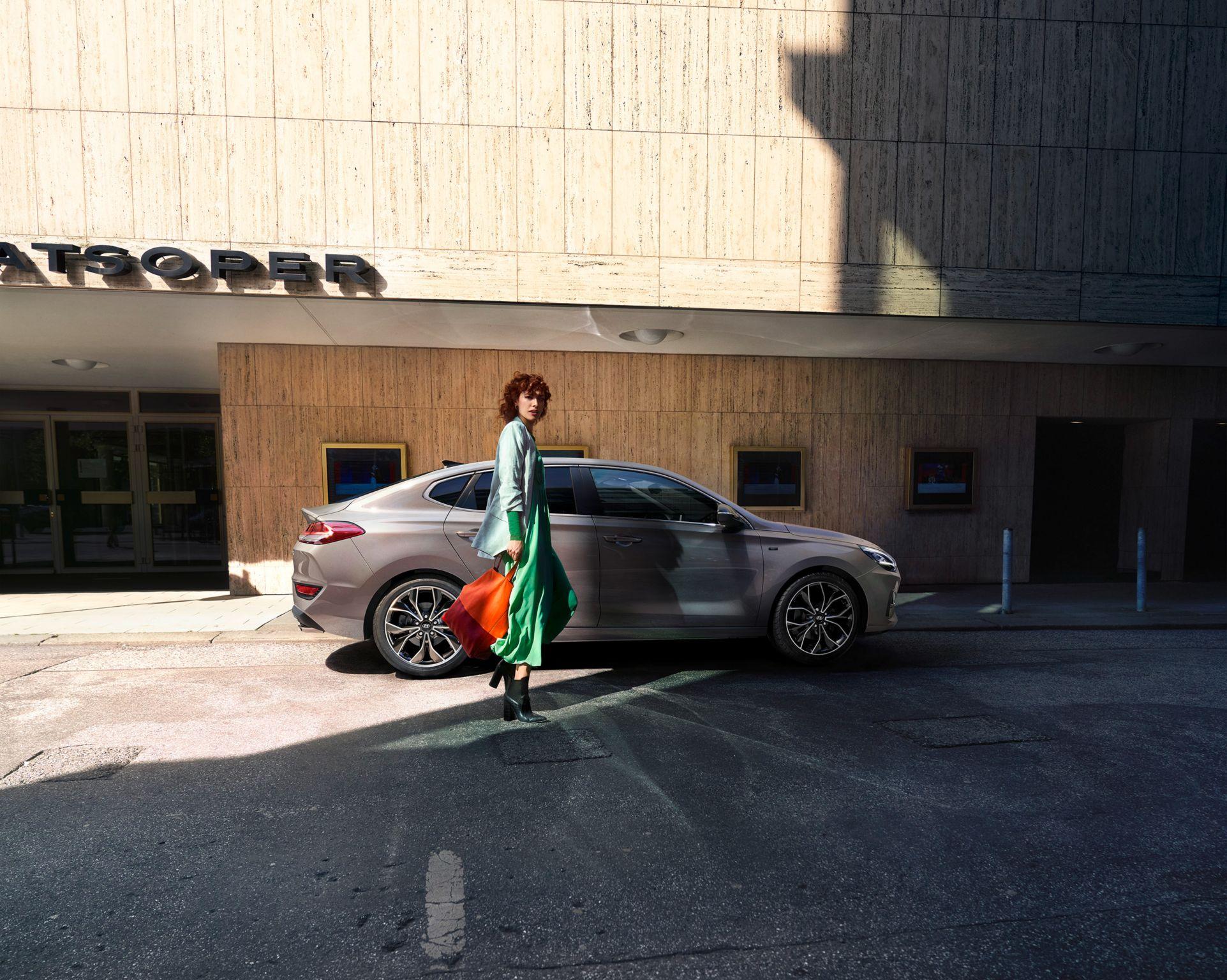 Hyundai i30 Fastback 1.5 T-GDI iMT 48V N-Line (Benzina Hybrid) - Dimensioni, Consumi e Dotazioni di serie