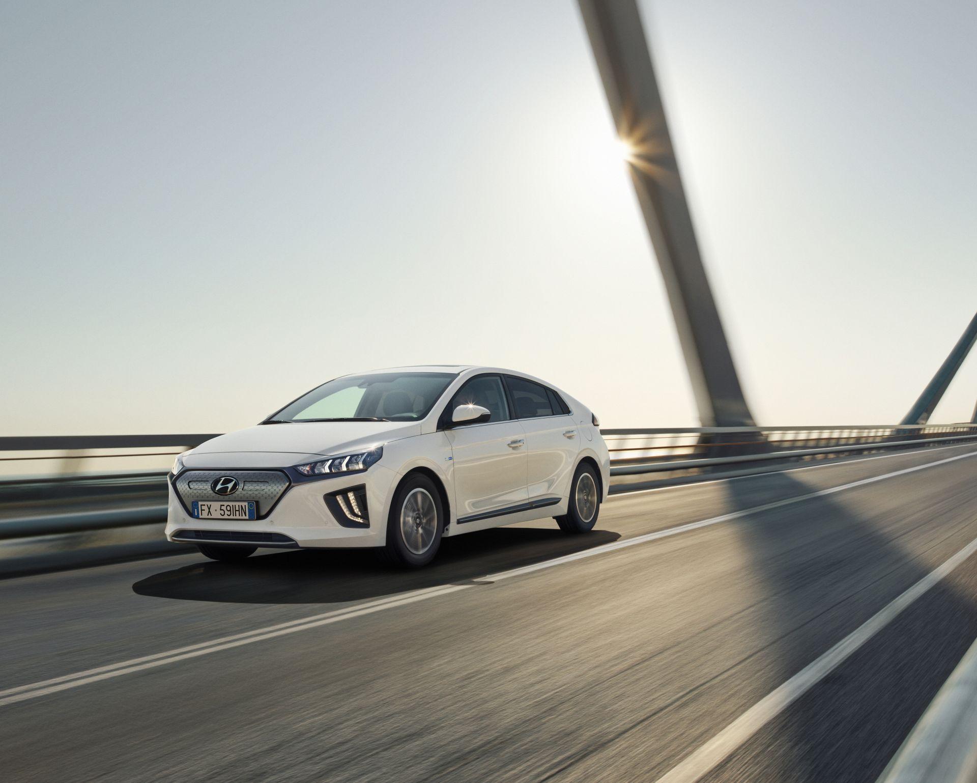 Hyundai IONIQ Electric (TECH 38,3 KWH). Offerta 2021-153