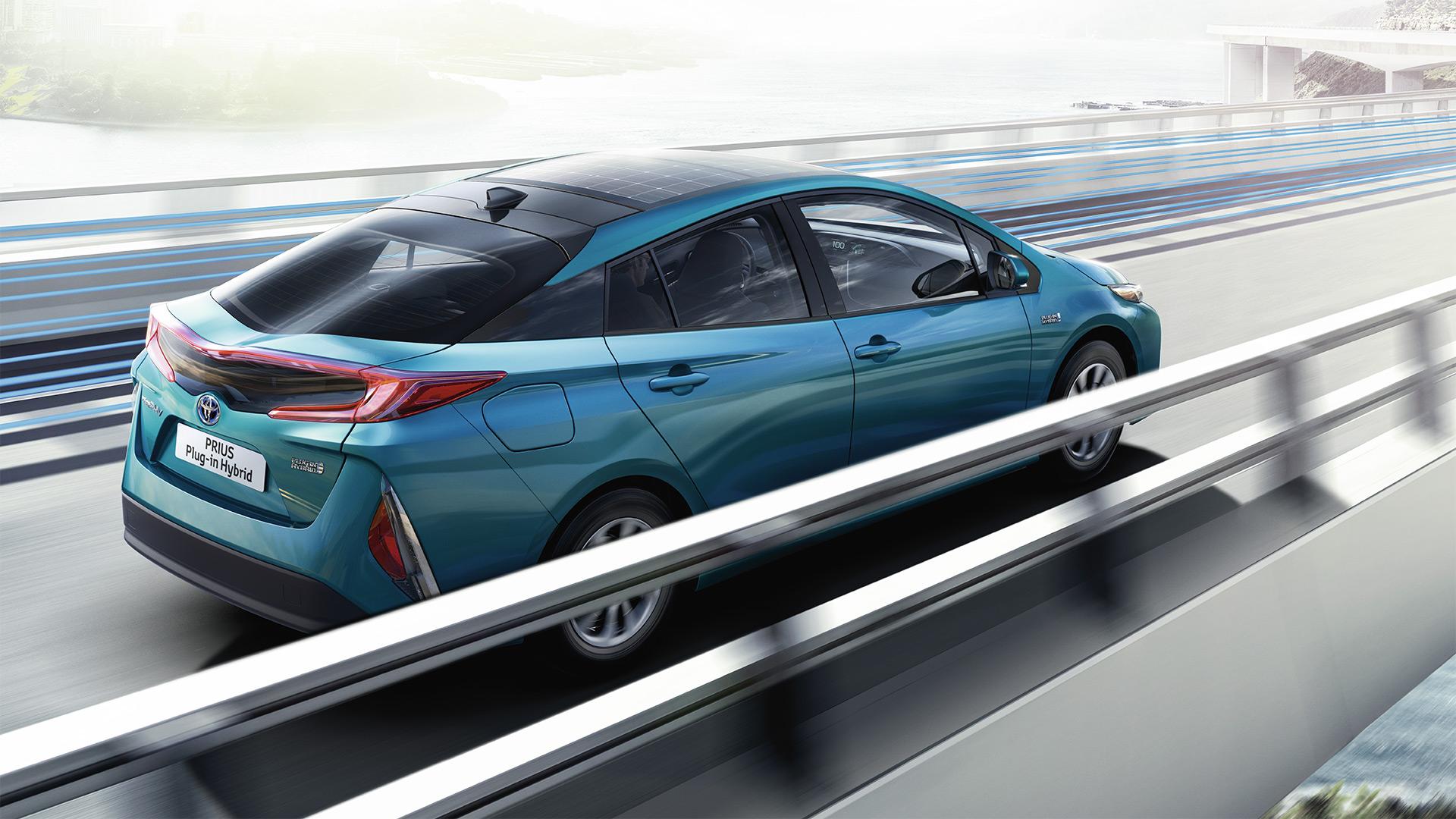 Prenota un Test Drive: Toyota Prius Plug-in
