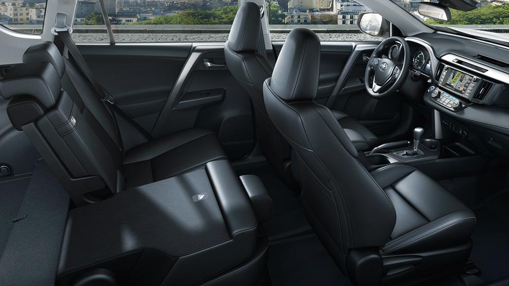 Toyota RAV interni